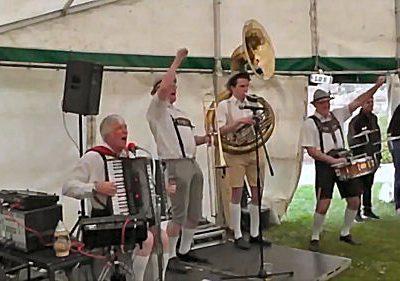 Doub7e Seven Presents: Oompa Band